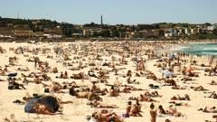 time lapse of crowds at bondi beach, sydney's most famous beach