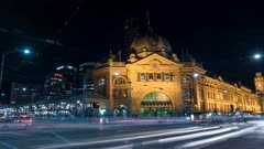 time lapse of flinders street station at night in the australian state of victoria