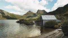 pan of the old boat shed on the shore of dove lake at cradle mt in tasmania