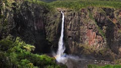 Wallaman Waterfalls. slowmotion, tallest waterfalls in Australia