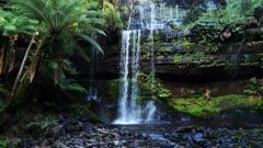 Russell Falls front, medium 04