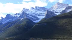 Timelapse Mountain view in Banff National Park, Alberta 4K