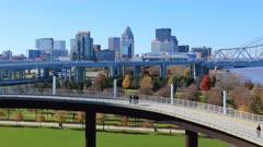 Timelapse of Louisville with pedestrian walkway 4K