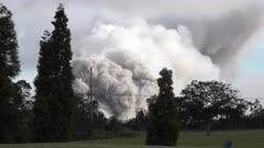 Kilauea Volcano Eruption 2018 - Large Volcanic Ash Cloud Billows Into Sky