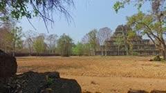 Move right along wall surrounding Koh Ker Pyramid