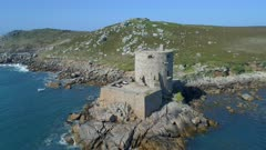 Cromwell's Castle An Abandoned Sea Fort in the Scilly Iles
