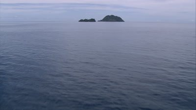 approach small isolated island