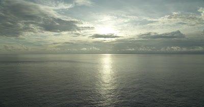 Expansive view of ocean horizon