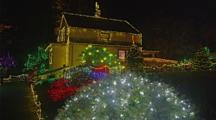 House Or Cabin In Christmas Light Show In Coos Bay, Oregon