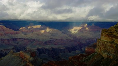 Scenic view of the Grand Canyon's South Rim by Hopi Point on a cloudy day