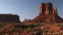 West Mitten Butte, Monument Valley Navajo Tribal Park, Zoom Out