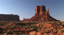 West Mitten Butte, Monument Valley Navajo Tribal Park, Tilt