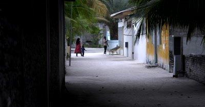 Long shot of Mathiveri Island village