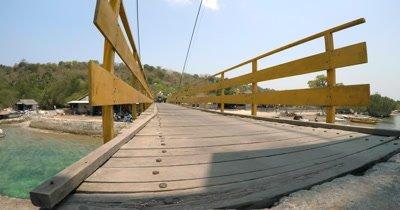 Close Up Shot of the bridge between Nusa Lembongan and Nusa Ceningan