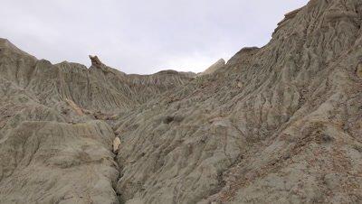 Sarmiento moon valley, pan to petrified wood logs