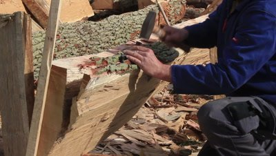 splitting oak planks for construction of a copy of a viking ship