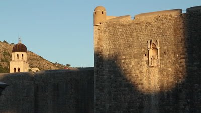 the defensice stone walls surrounding the city-state of Dubrovnik (Ragusa) in Croatia