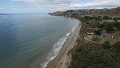 OIL SPILL SANTA BARBARA 2015-Climb and Pan Coast to Ocean