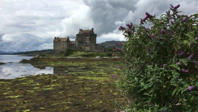 4K UltraHD The picturesque Eilean Donan Castle in Scotland