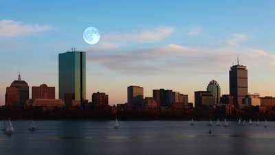 4K UltraHD Full Moon over Boston