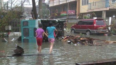 Survivors In Devastated Streets Tacloban After Typhoon Haiyan
