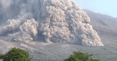 Huge Pyroclastic Flow Destroys Farmland During Volcanic Eruption