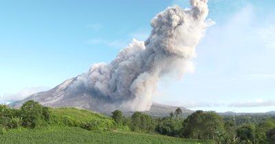 Large Volcanic Ash Cloud During Major Eruption At Sinabung Volcano