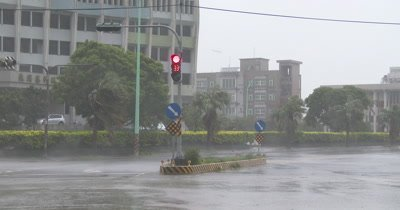 Strong Wind And Heavy Rain As Hurricane Nears Landfall