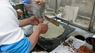 Making Chinese Savior Crepe, Tianjin, China