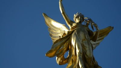 winged victory sculpture on top of Victoria Memorial,London