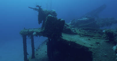 Traveling along wreck and approaching guns on USS Lamson.