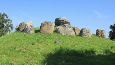 Megalith,Burial mounds,in the open land,