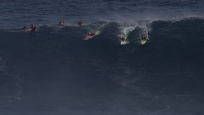 Jaws - big wave surfing-collision-wipeout