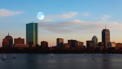 4K UltraHD Full Moon over Boston