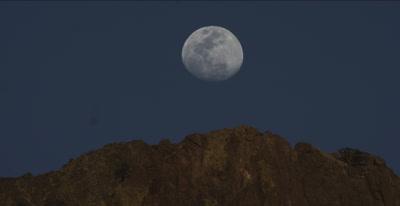 Moon rise over Case Grande - Big Bend National Park