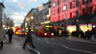 soft focus,pedestrians on london street