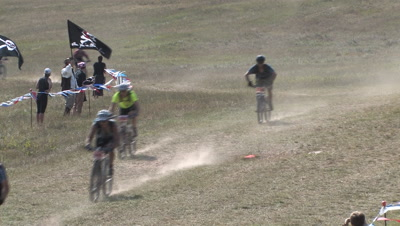 Chequamegon Fat Tire Bike Race, Homestretch